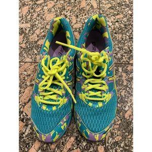 NWOT ASICS GEL Frantic 7 Running Shoes